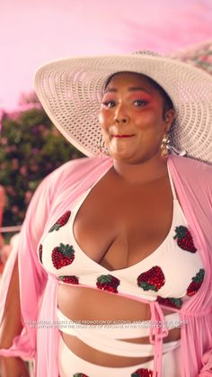 Lizzo Combo - Jusqu& ce que je oiodix You are in the right place about diy Here we offer you the most beau - Black Girl Magic, Black Girls, Black Women, Angelina Jolie, Beyonce, Peinados Pin Up, Big And Beautiful, Plus Size Fashion, Curvy