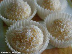 Kokosové guľky nepečené | Mimibazar.sk Krispie Treats, Rice Krispies, Muffin, Cooking, Breakfast, Desserts, Food, Kitchen, Morning Coffee