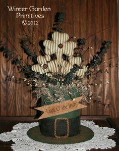 Patrick's Leprechaun Hat with Shamrocks Sitter e-Pattern St Patrick's Day Decorations, Holiday Centerpieces, Bowl Centerpieces, St Paddys Day, St Patricks Day, Saint Patricks, Mardi Gras, St Patrick's Day Crafts, March Crafts