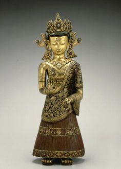 17th century, Nepal, Late Malla Period, buddha Dipankara, gilt copper repoussé, San Francisco Asian Art Museum♥♥♥