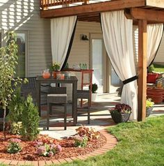 13 Attractive Ways To Add Privacy To Your Yard Deck (With lots of pictures and resources)