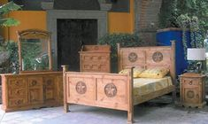 4 PC Rustic Natural Wax San Gabriel Queen Size Bedroom Set with Star Full Size Bedroom Sets, Black Bedroom Sets, King Bedroom Sets, Star Bedroom, Rustic Bedroom Furniture Sets, Bedroom Ideas, Texas Style Homes, Sleigh Bedroom Set, Rustic Kitchen Island