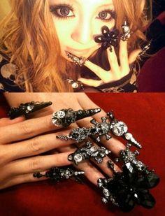 Dark Rock themed nails (japanese model Sakurina's nails) #decoden