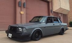 thatyellowvolvoguy:  swedmet:  What a makeover, just left me speechless. Brock Baker's sick 244 new look.  Damn, nice O: