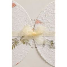 I'm a big fan of 4LOVEPolkaDots! Yes,you can see the previous posts about their invitationshereandhere.4LOVEPolkaDots designs invitationsand wedding accessories such as guest books, ring pillows, favour gift box...