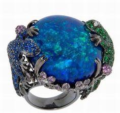 Bijoux : bague créateur : Lydia Courteille - bague en cabochon d'opale  - Bijoux: pierres précieuses -  taille pierres préceiuses