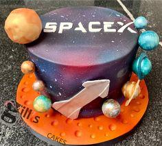 Planet Cake, Bath Uk, Cake Makers, Creative Cakes, Birthday Cake, Desserts, Food, Tailgate Desserts, Deserts