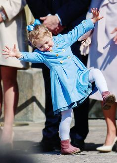 Princess Estelle stealing the show, again.  Princess of Sweden: best job ever.  From Suri's Burnbook.  Of course.