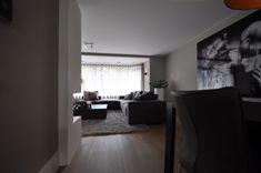 Luxe en warmte - Hoog ■ Exclusieve woon- en tuin inspiratie. New York Townhouse, Home Look, Decoration, Light In The Dark, United Kingdom, Oversized Mirror, Living Room Decor, Architecture, Luxury