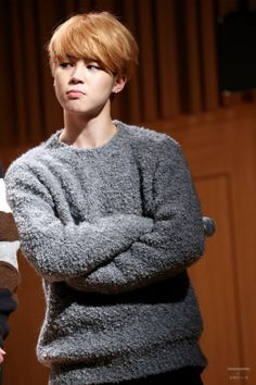 This day and these pictures of JIMIN in this sweater with his hair like this are one of my favorites ^^