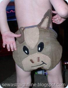 Cute cloth diaper idea.  I bet I could make this.