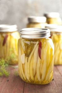 Pickled Yellow Wax Beans with Fresh Dill Recipe from Eating Local: The Cook's Companion from Land to Table by Sur La Table with Janet Fletcher, publishing in Spring 2010 by Andrews McMeel Pub… Dill Recipes, Bean Recipes, Canning Recipes, Veggie Recipes, Canning 101, Recipies, Fermentation Recipes, Yellow Beans Recipe, Yellow Wax Beans