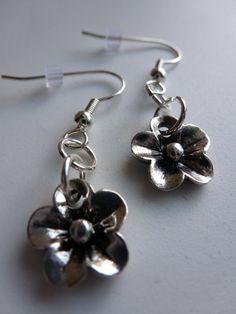 Silver Flower Earrings: https://www.etsy.com/listing/110078754/silver-flower-earrings