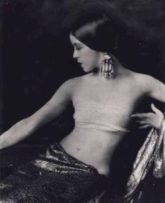 Martha Graham in Greenwich Follies 1924