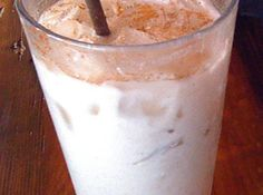 Fast and Easy Homemade Horchata (Mexican Sweet Rice Milk) Horchata Drink, Mexican Horchata, Mexican Drinks, Mexican Dishes, Mexican Food Recipes, Honduran Recipes, Mexican Meals, Organic Recipes, Drink Recipes
