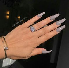 Acrylic Nails Geweldig ja of nee? - Volg voor meer - Credit Geweldig ja of nee? Best Acrylic Nails, Acrylic Nail Designs, Nail Designs Gray, Acrylic Nails Coffin Grey, Pink Coffin, Coffin Nails Long, Long Nails, Perfect Nails, Gorgeous Nails