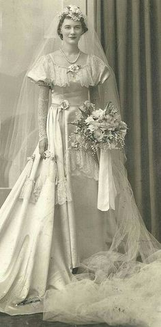 """""""Is She as TALL as She Look's"""" 😯 ~ Vintage Bridal Portrait. Notice Her Cathedral Length Veil! Wedding Attire, Wedding Bride, Wedding Day, Wedding Dresses, Wedding Tips, 40s Wedding, Wedding Ceremony, Bling Wedding, Wedding Flowers"""