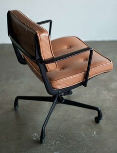 Rare Charles and Ray Eames for Herman Miller Intermediate Desk Chair - Office Chair - Ideas of Office Chair - Rare Charles & Ray Eames for Herman Miller Intermediate Desk Chair image 3 Best Office Chair, Office Chair Without Wheels, Home Office Chairs, Desk Chairs, Bar Chairs, Ikea Chairs, Dining Chairs, Room Chairs, Designer Office Chairs