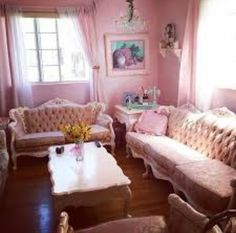Kelly eden home its so  #cute and its make for a #pastelqueen here is a little pic of her living room where her and firends chill and watch tv. Xxxx