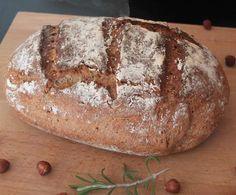 Rezept Haselnuss-Rosmarin-Brot - lecker und weizenfrei von Schirmle - Rezept der Kategorie Brot & Brötchen
