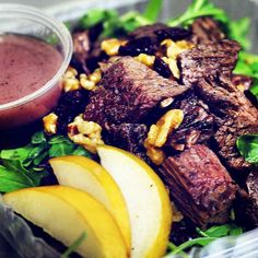 Steak Salad with Pear Arugula Cranberries and Walnuts & Pomegranate Vinaigrette #PrimalOrganic is Miamis top low-carb diet delivery service. Meal's are cooked from scratch using whole foods and #glutenfree ingredients. Call us at #305.771.5352 or order online at primalorganicmiami.com  #miami #aventura #brickell #coconutgrove #coralgables #doral #wynwoodlife  #miamifit #kendall #keybiscayne #miamibeach  #pinecrest  #southbeach #sunnyIsles  #healthymiami #miamifitness #sobe #midtownmiami…