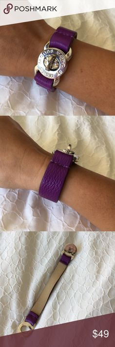 Turnlock Leather Bracelet Turnlock Leather Bracelet. Worn once Marc by Marc Jacobs Accessories