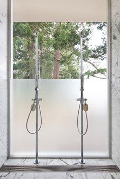 bathroom | at beach house | washington, usa | by heliotrope architects.
