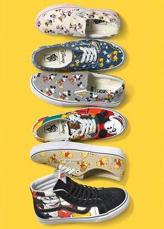 Disney x Vans: the cutest collab around! Vans Sneakers, Tenis Vans, Mens Vans Shoes, Vans Men, Cute Disney Outfits, Disney Inspired Outfits, Painted Sneakers, Hand Painted Shoes, Disney Stars