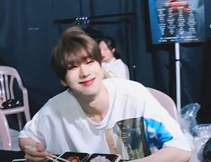 The perfect HanSeungwoo Smile Animated GIF for your conversation. Spirit Fanfics, What U Want, Twitter Video, All About Kpop, 6 Pack Abs, Nayeon Twice, Summer Rain, Always Smile, Cute Gif