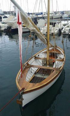 Risultati immagini per barca vela latina ceramica