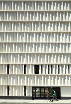 Gallery - Cap Vermell Cultural Center in Cala Ratjada / BB Arquitectes - 16 Industrial Architecture, Cultural Architecture, Facade Architecture, Landscape Architecture, Concrete Facade, Precast Concrete, Building Skin, Building Facade, Facade Pattern