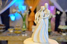 Nossa parceira On The Cake colocou mais modelos de topos de bolo LINDOS em promoção até 6 de junho. Clique aqui para garantir o seu!