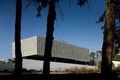 Minimalist Architecture house – Portuguese House with Big Impact