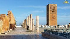 Hoy visitamos Rabat, donde nuestros viajeros descubren el famoso Mausoleo de Mohamed V, donde descansan los restos del monarca, considerado el padre de la independencia de Marruecos. Este lugar se encuentra en la explanada de la antigua Mezquita, donde el 18 de noviembre de 1955 se proclamó en la oración del viernes y la independencia de Marruecos. Feliz Domingo Viajer@s! www.alimatours.com