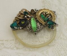 ** Recycled Eyeglasses Lens Made Into Mixed Media Altered Art Jewelry @thejoanandlucyshow