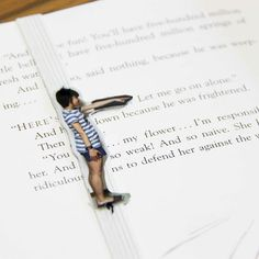 Make your reading more fun with this easy photo bookmark! (in English and Indonesian)