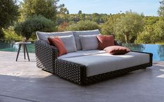 Riviera Aluminum + PVC Rope Outdoor Sofas & Lounge Chairs