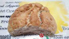 Χωριάτικο ψωμί #sintagespareas #psomihoriatiko Greek Recipes, Banana Bread, Pork, Beef, Desserts, Kale Stir Fry, Meat, Tailgate Desserts, Pigs
