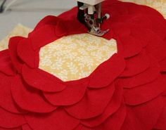 how to make petal pillow... A lovely gift for godmum maybe or brothers girlfriend and economical too....