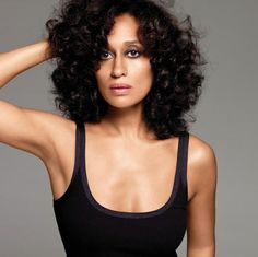 Tracee's hair is so gorgeous no matter how she wears it