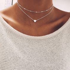 This Double Chain Heart Pendant Choker is STUNNING! This beautiful heart pendant choker is a MUST-HAVE! The Double Chain Heart Pendant Choker is simple, yet cla Chocker Necklace, Heart Pendant Necklace, Collar Necklace, Gold Necklace, Dainty Necklace, Stone Necklace, Necklace Set, Silver Earrings, Choker