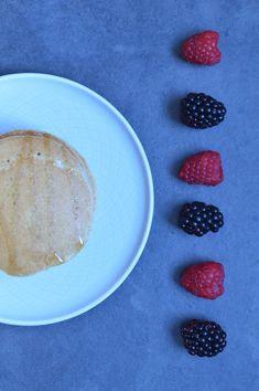 Vegan pancakes with almonds
