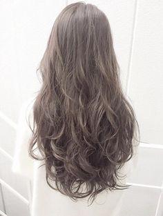 Ashy Hair Color – - All For Hair Color Trending Ombre Hair Color, Hair Color Balayage, Cool Hair Color, Hair Highlights, Korean Hair Color Ash, Asian Ash Brown Hair, Ashy Hair, Ulzzang Hair, Braids For Short Hair