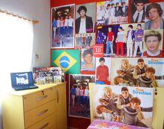 """Fan wall! """"Our room!"""""""