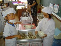 School Lunch … in Japan Healthy School Lunches, World Photo, Nutrition Education, Read News, Equation, Change, Japan, School Children, Kids