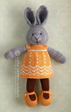 little cotton rabbits shop Knitted Stuffed Animals, Knitted Bunnies, Knitted Animals, Knitted Dolls, Knitting For Kids, Knitting Projects, Baby Knitting, Crochet Projects, Knitting Toys