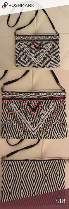 """SL by Street Level tribal design fabric bag Cool fabric rectangular bag, tribal design with detachable black fabric straps. Zipper works great, but missing pom-pom originally attached to it for ease of zipping/unzipping. Bag measures 8"""" tall by 11"""" wide/across. SL by Street Level Bags Shoulder Bags"""