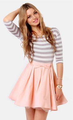 Ladies Fashion O-Neck Half Sleeve Bowknot Striped Pleated Dress - Stella La Moda