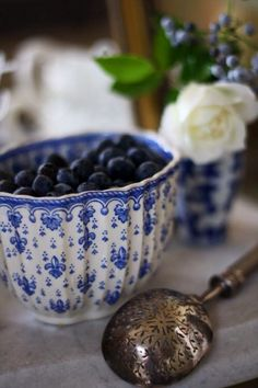 Blueberries via lavender-colored glasses...