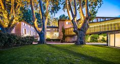 ✈ Exceptional offer for: Moulin de Vernègues Hotel & Spa ****. Discount of up to off compared to other sites. Perks & advantages exclusively available on VeryChic. Aix En Provence, Week End Bretagne, Chateau Hotel, Architecture Classique, Half Board, Superior Room, Types Of Beds, Old Stone, Sound Proofing